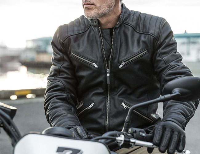 Essential Motorcycle Gear For the Perfect Autumn Ride