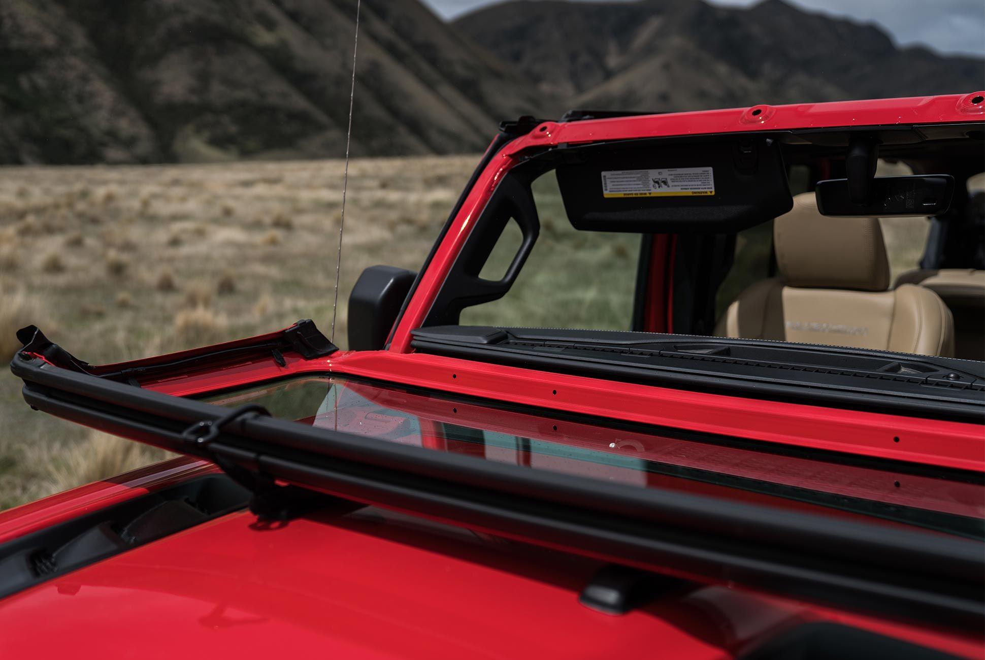 2018-Jeep-Wrangler-Review-gear-patrol-11