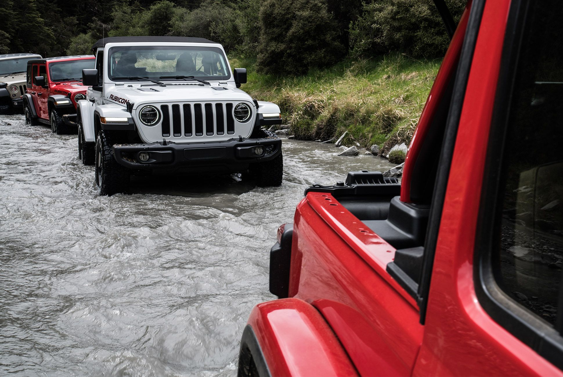 2018-Jeep-Wrangler-Review-gear-patrol-2