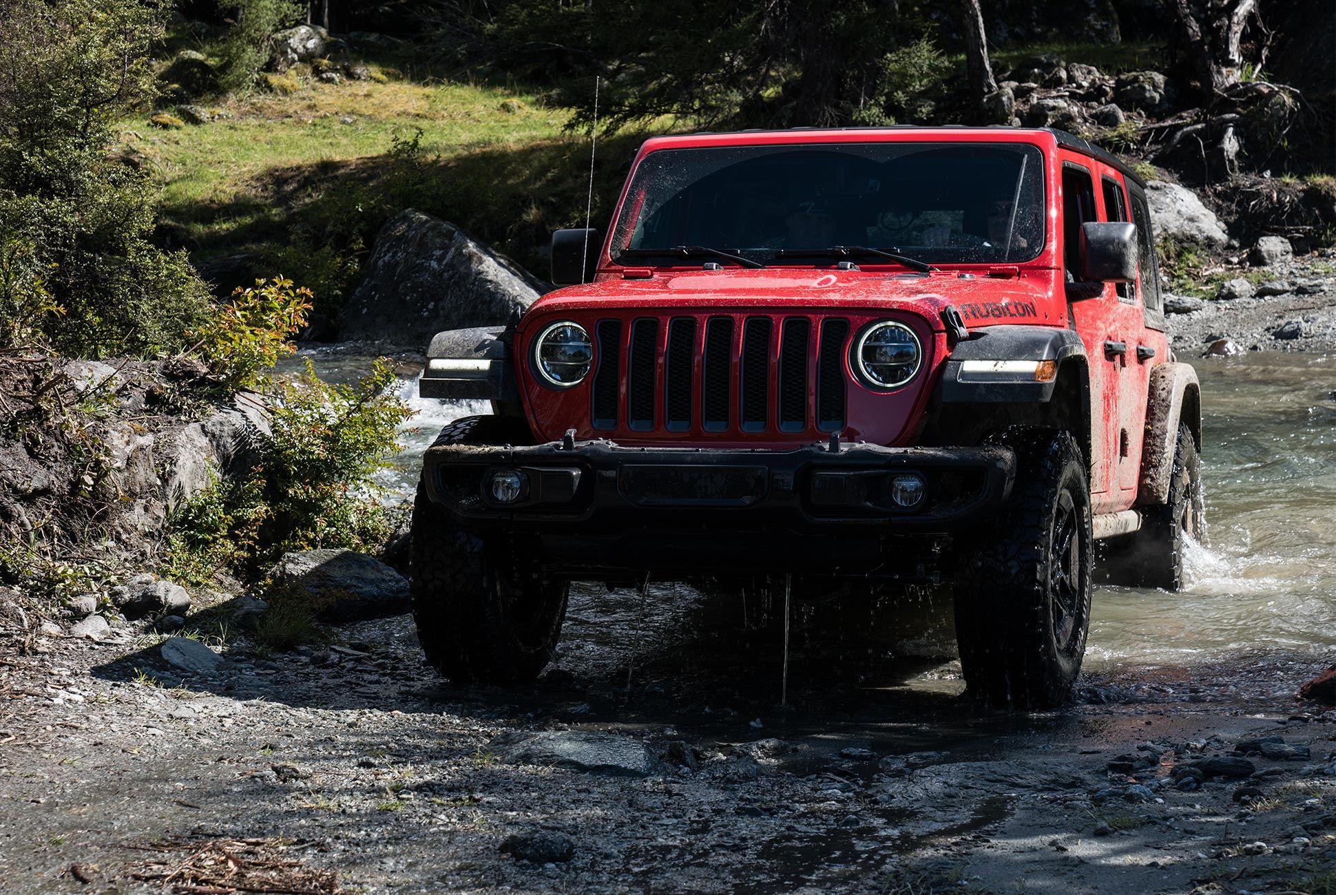 2018-Jeep-Wrangler-Review-gear-patrol-5