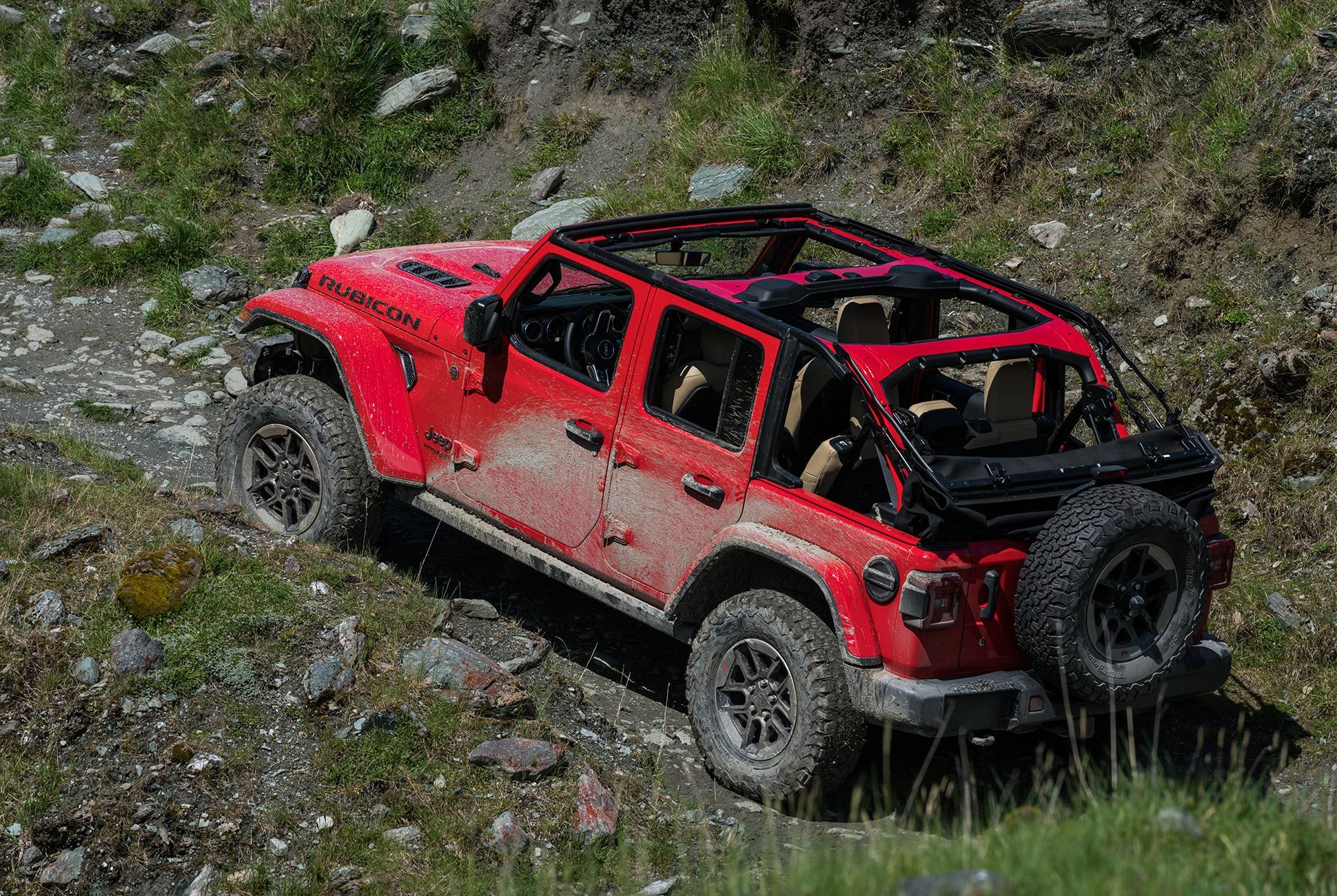 2018-Jeep-Wrangler-Review-gear-patrol-6