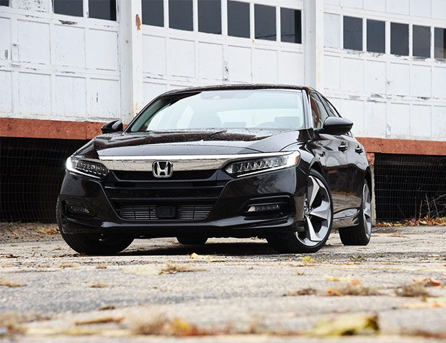 The New Turbocharged Accord Is a Sound Argument for Not Buying a Luxury Car