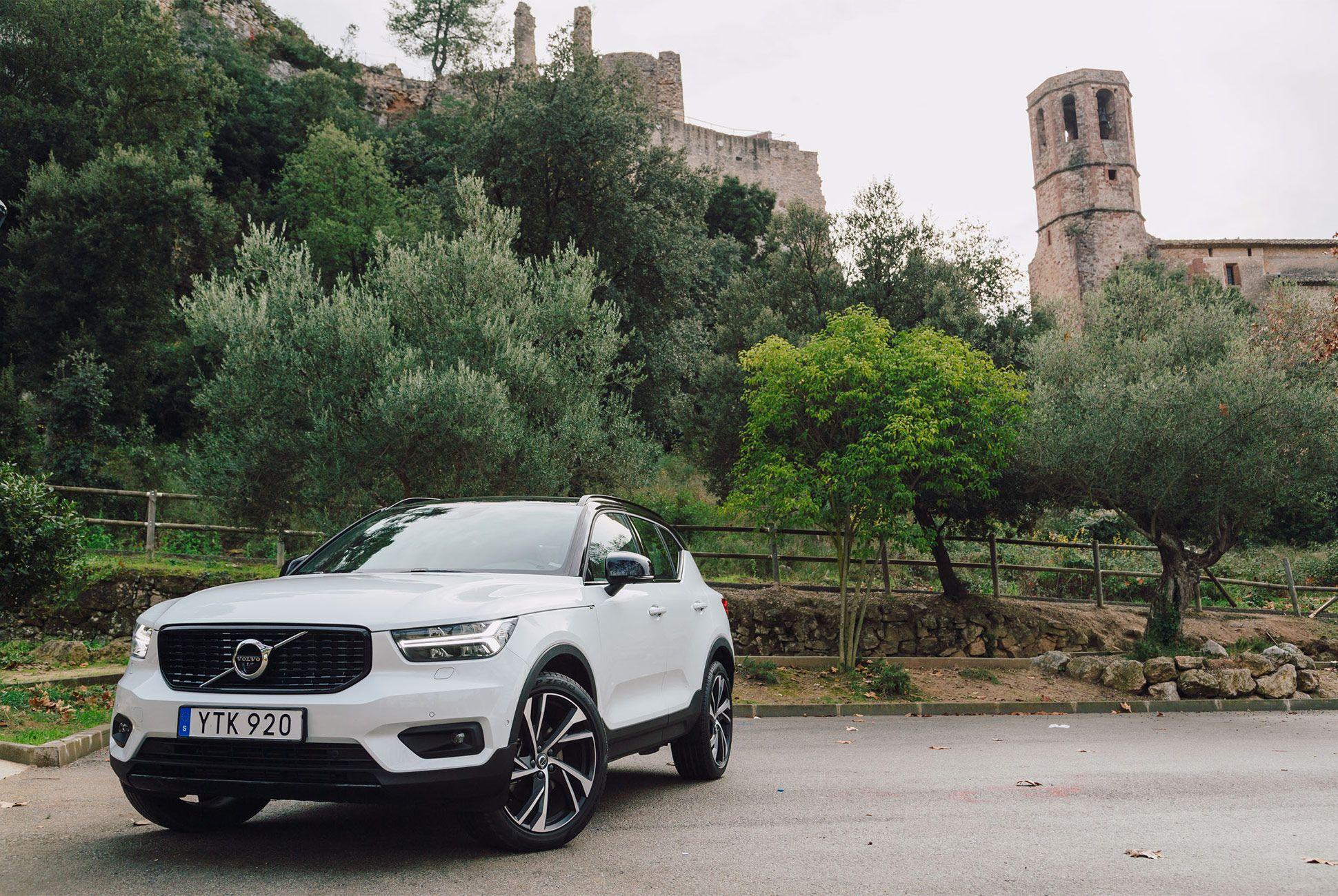Volvo-XC40-Gear-Patrol01