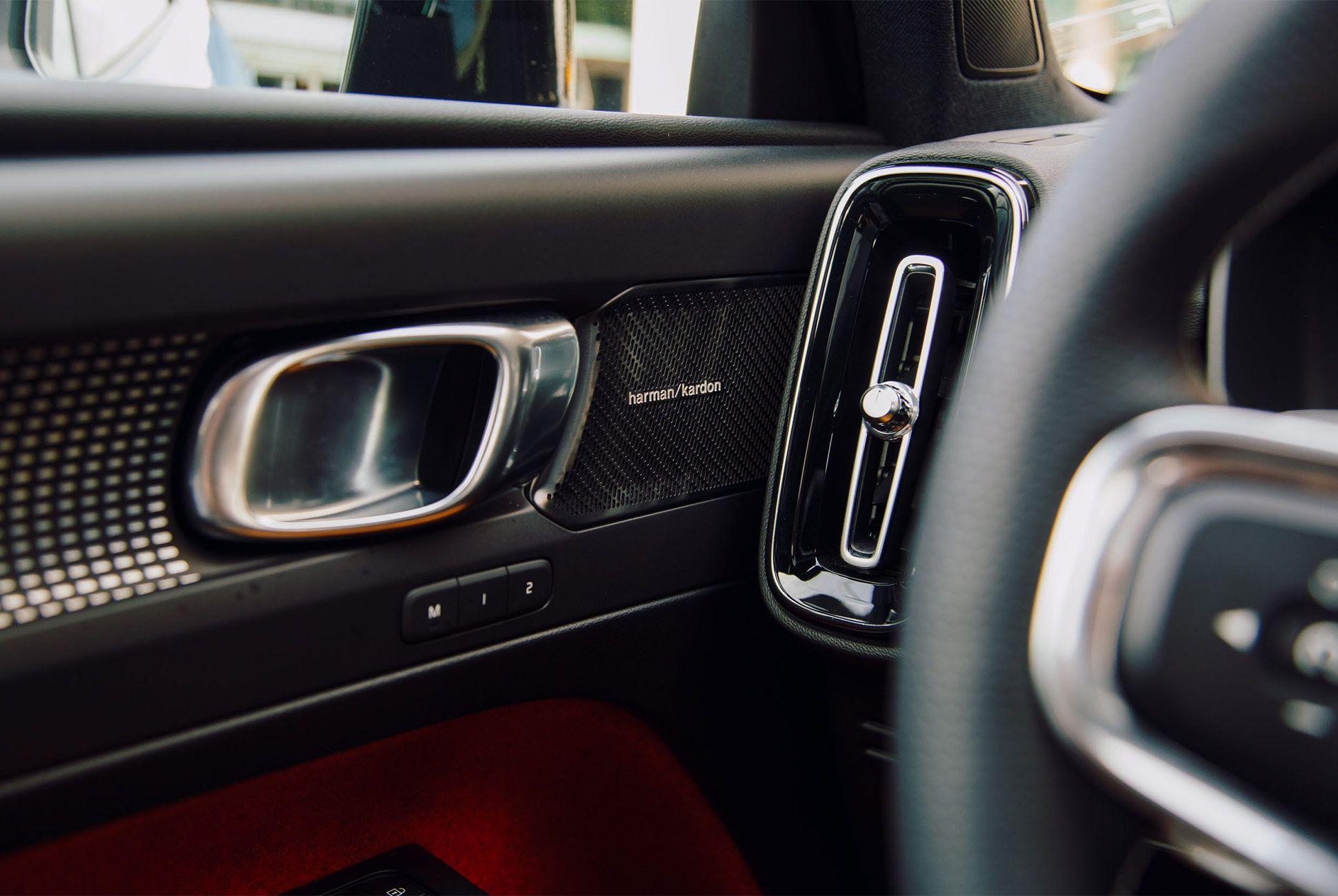 Volvo-XC40-Gear-Patrol09