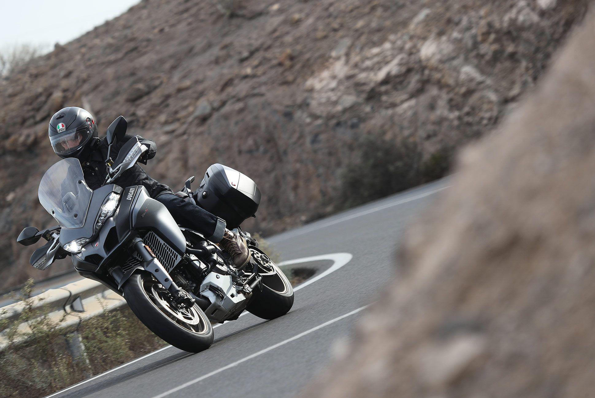 2018-Ducati-MTS-1260-Review-gear-patrol-1