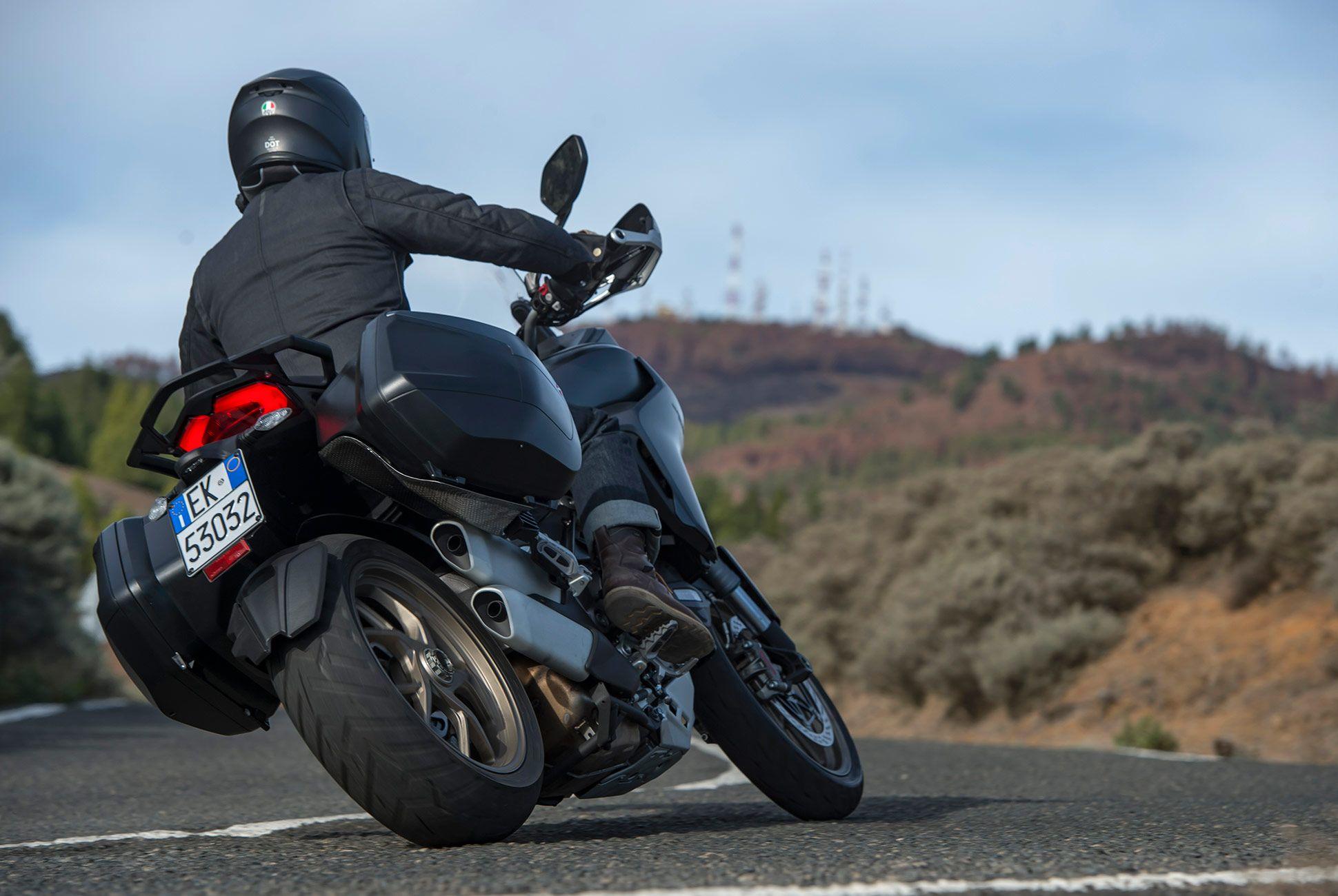 2018-Ducati-MTS-1260-Review-gear-patrol-2