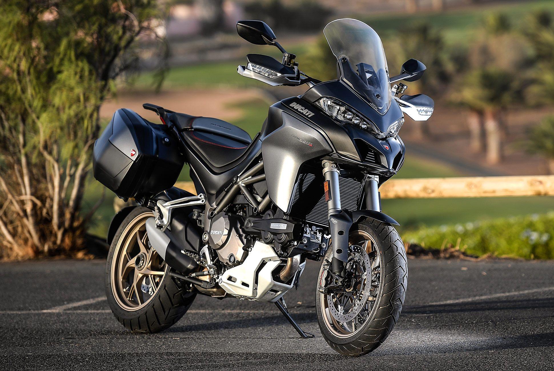 2018-Ducati-MTS-1260-Review-gear-patrol-4