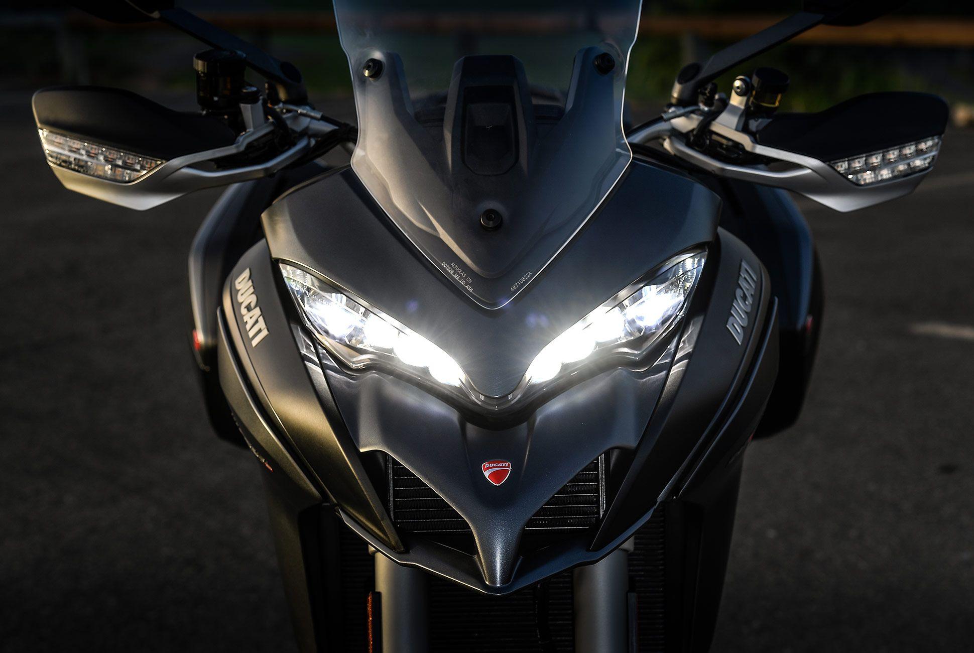 2018-Ducati-MTS-1260-Review-gear-patrol-6