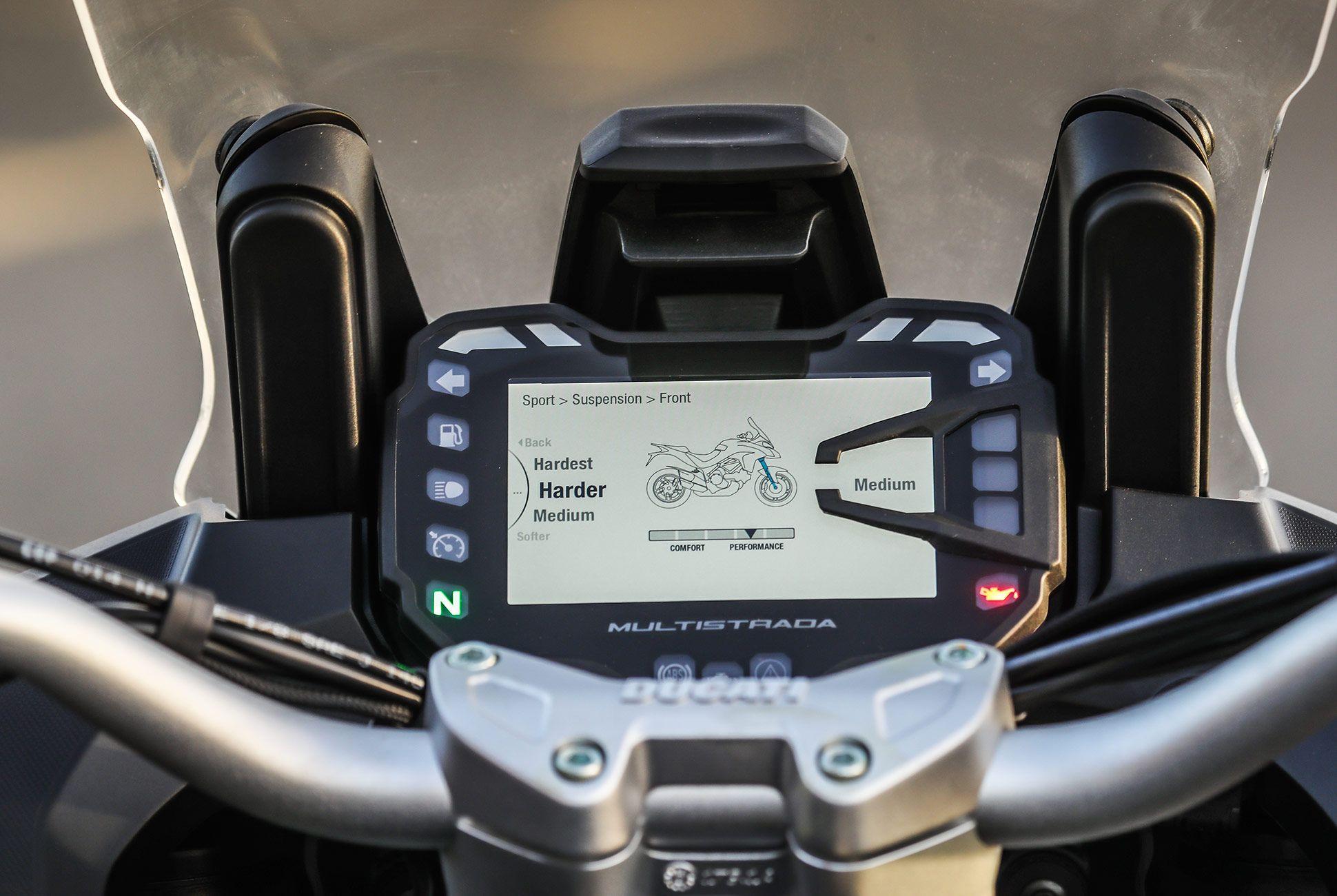 2018-Ducati-MTS-1260-Review-gear-patrol-8