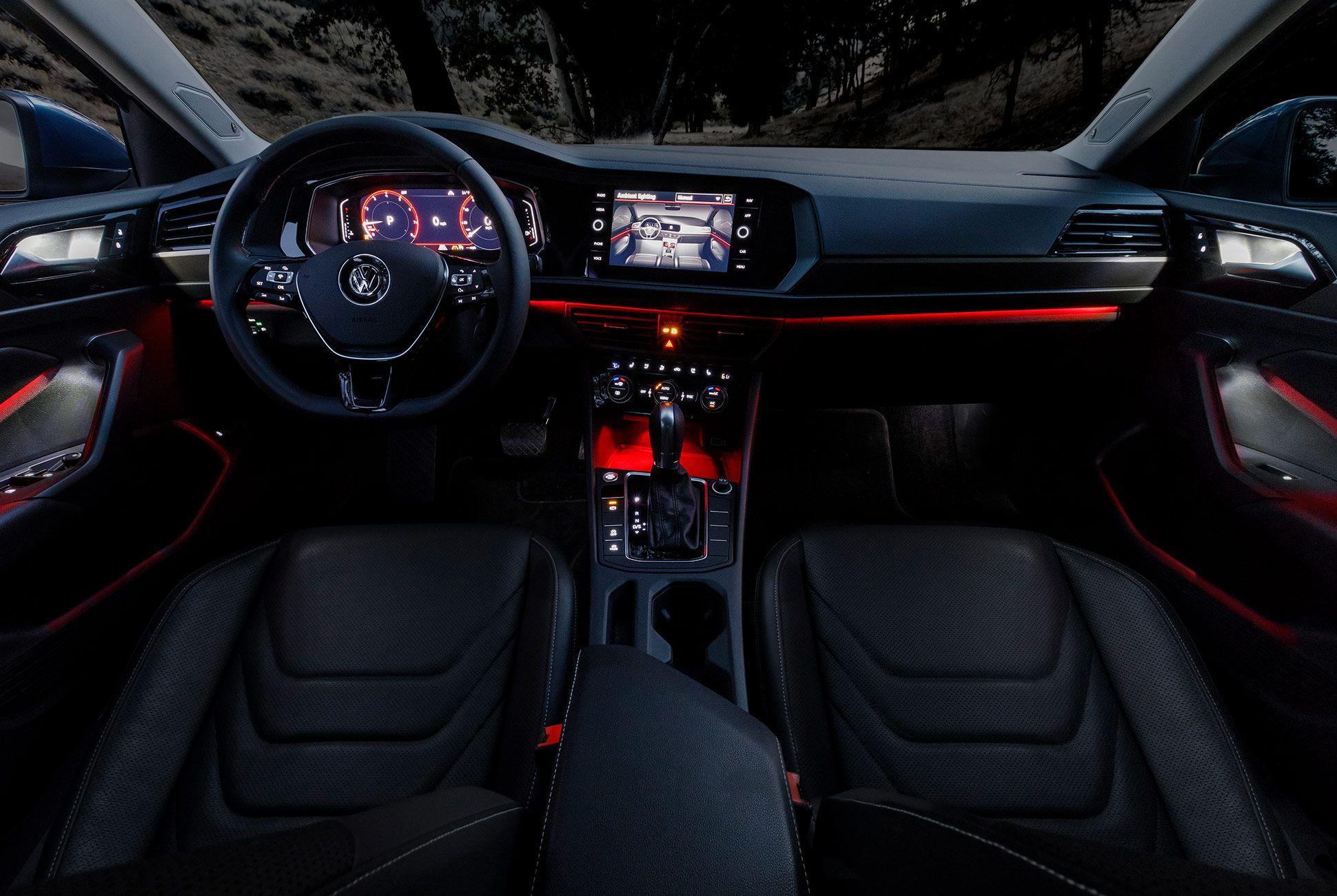 2019-Volkswagen-Jetta-VW-gear-patrol-6