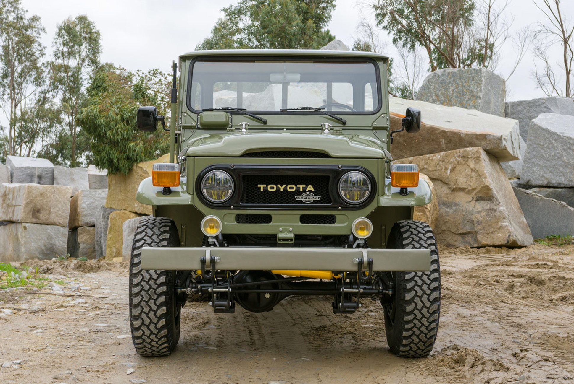 Overland-Pickup-Toyota-gear-patrol-6