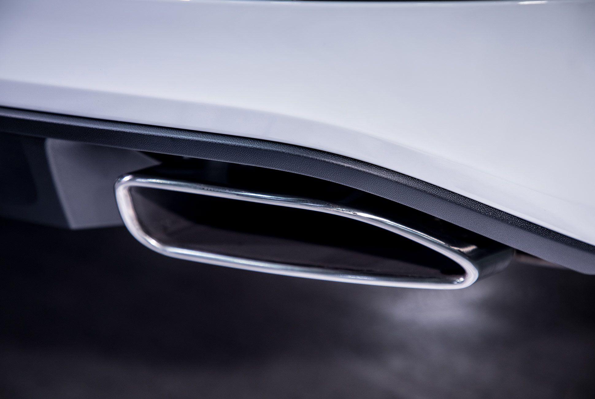 Volkswagen-GT-Passat-gear-patrol-5