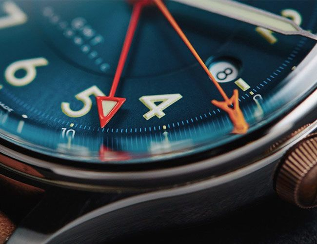 The 11 Best Mechanical Watches to Wear When Traveling