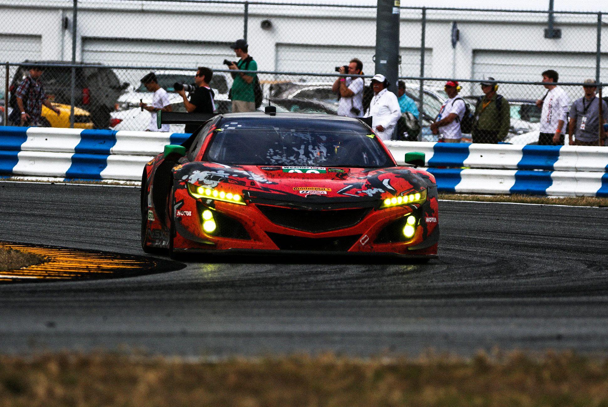 Best-Sports-Cars-of-2018-Daytona-24-Hours-gear-patrol-Acura-NSX-GT3-2