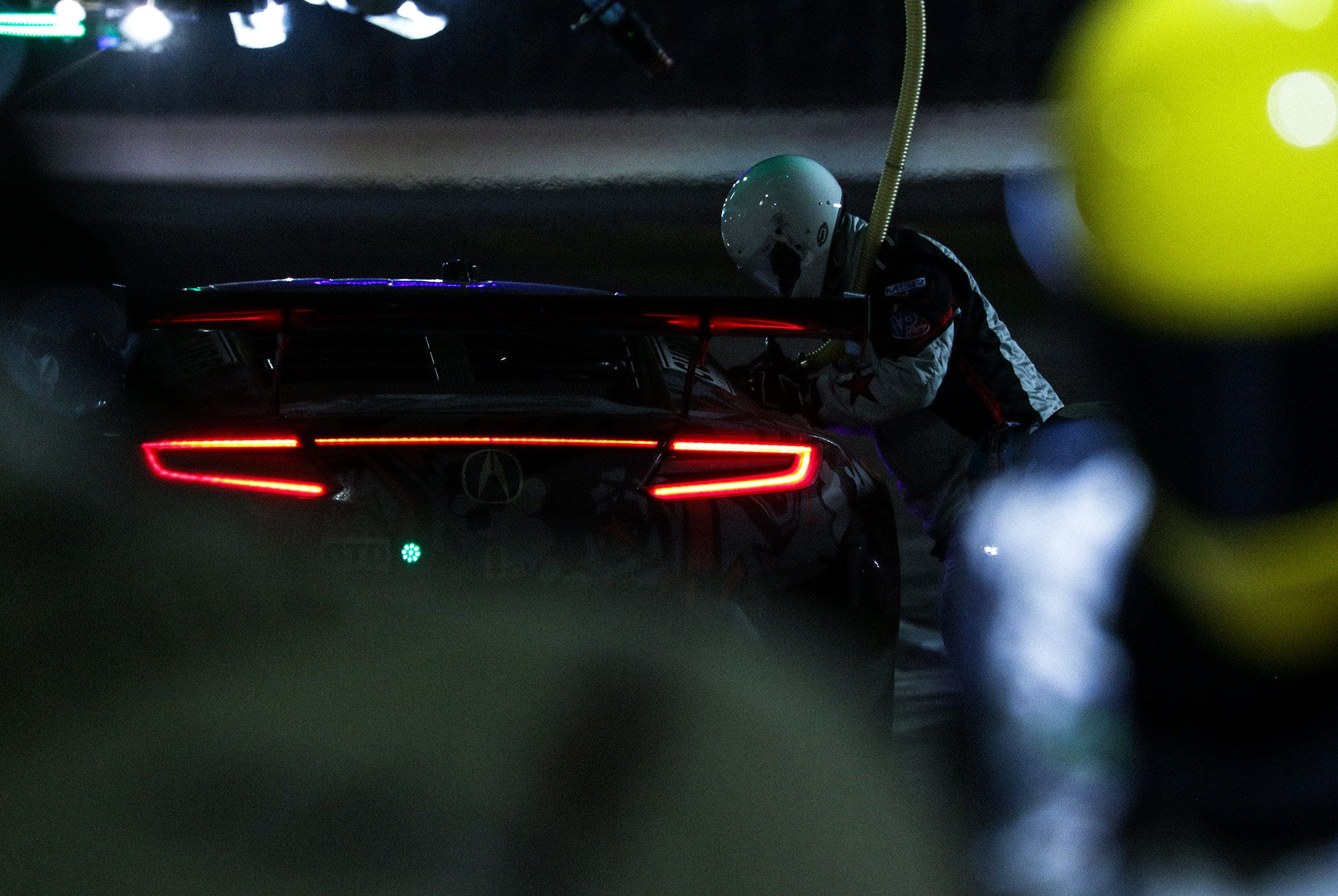 Best-Sports-Cars-of-2018-Daytona-24-Hours-gear-patrol-Acura-NSX-GT3-3