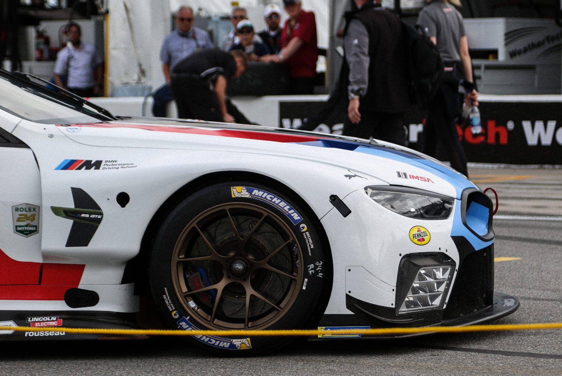 Best-Sports-Cars-of-2018-Daytona-24-Hours-gear-patrol-BMW-M8-GTE-2