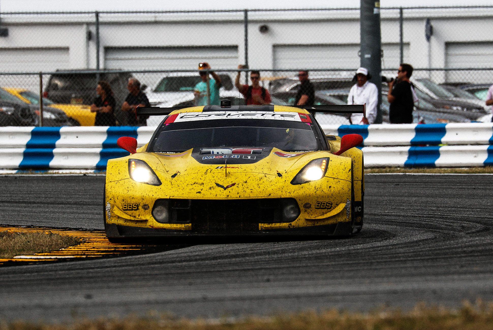 Best-Sports-Cars-of-2018-Daytona-24-Hours-gear-patrol-Corvette-C7R-1