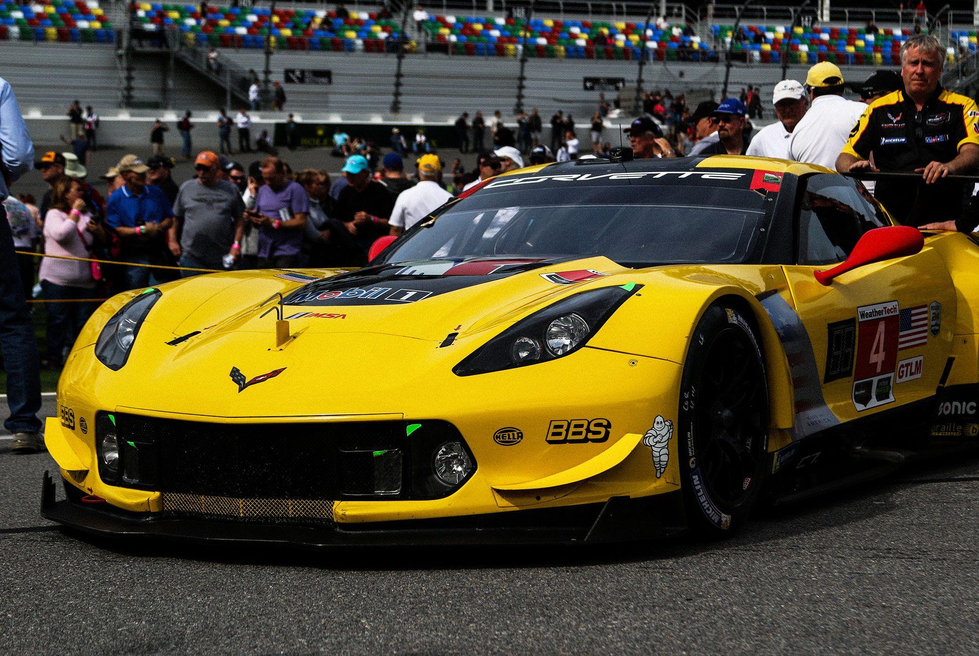 Best-Sports-Cars-of-2018-Daytona-24-Hours-gear-patrol-Corvette-C7R-2