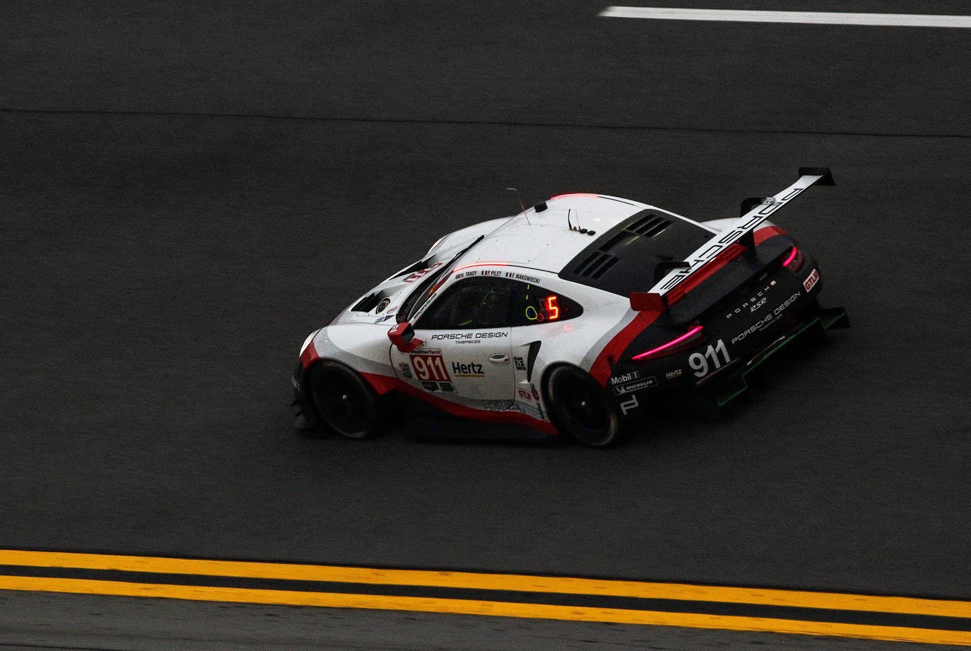 Best-Sports-Cars-of-2018-Daytona-24-Hours-gear-patrol-Porsche-911-RSR-4
