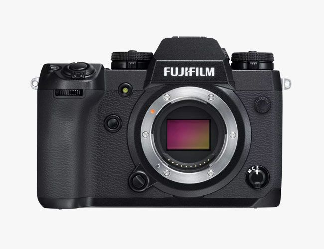Fuji's Newest Pro-Grade X-series Camera Brings an Impressive Suite of Features