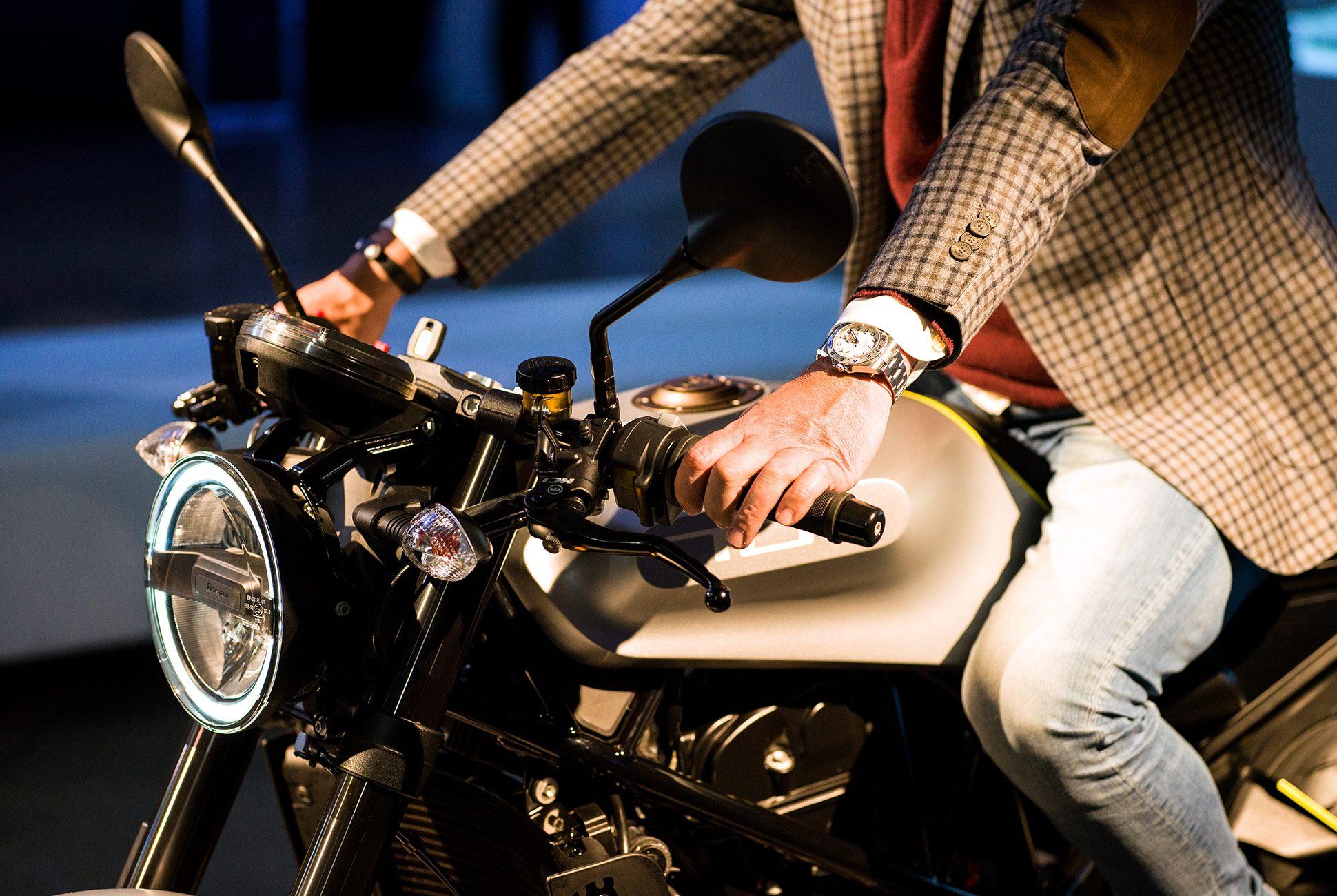 Husqvarna-Motorcycle-gear-patrol-5