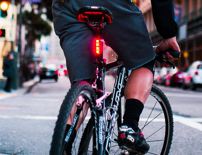 Finally, the Bike Light Gets the Innovative Re-Design It Deserves