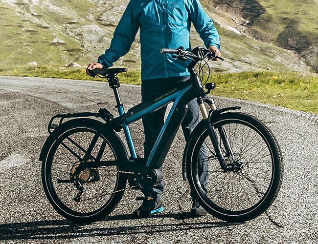 These Are the Most Svelte E-Bikes We've Ever Laid Eyes On