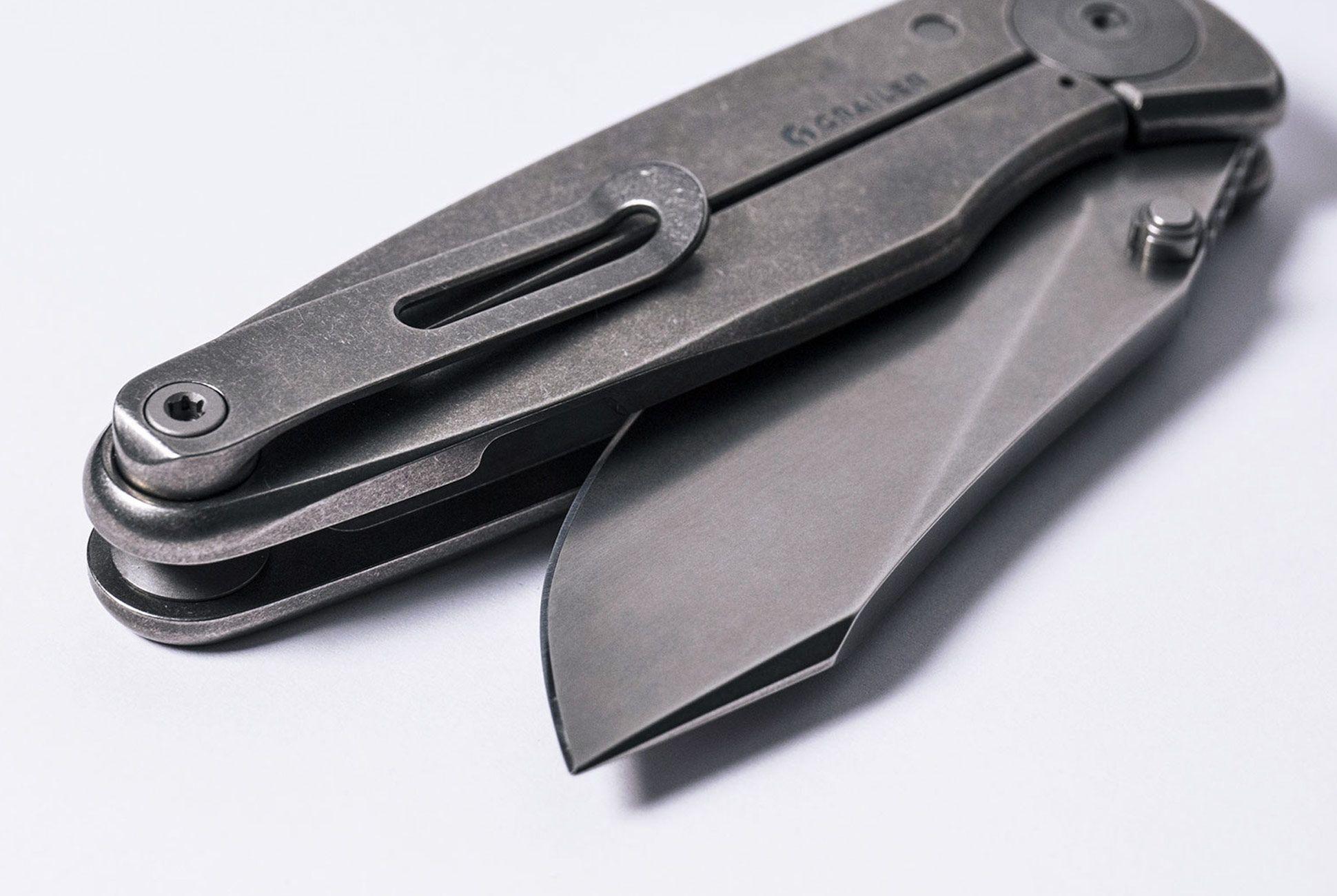 Grailer-1-Knife-gear-patrol-slide-3