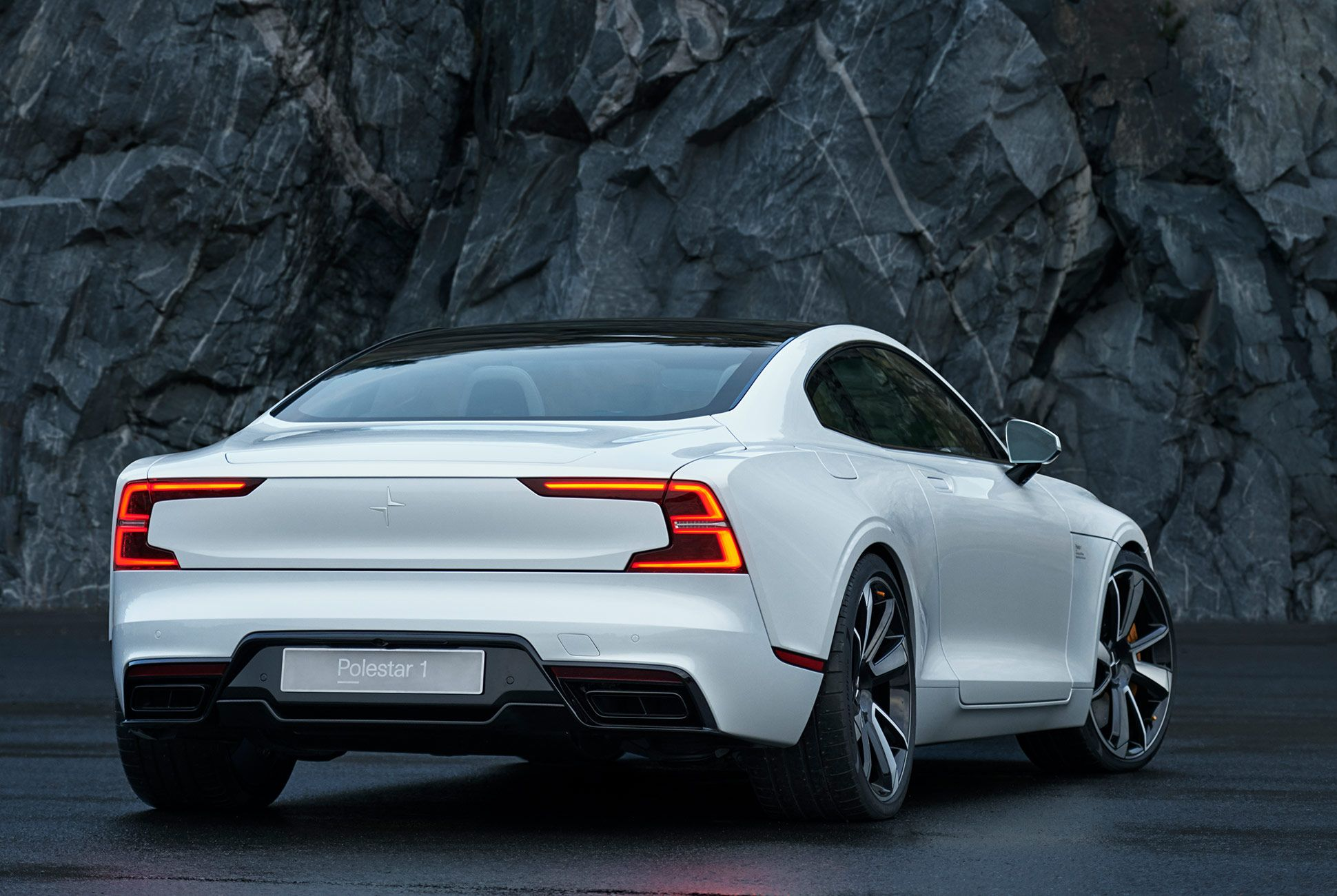 Polestar1-Car-gear-patrol-4