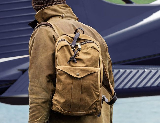 The 7 Best Water-Resistant Commuter Backpacks You Can Buy in 2019