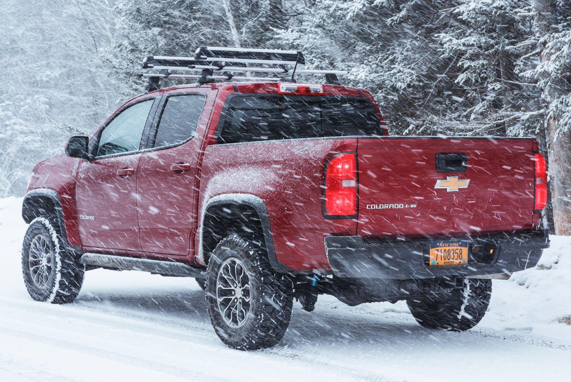 ultimate-ski-and-snow-gear-patrol-chevy-colorado-slide-2