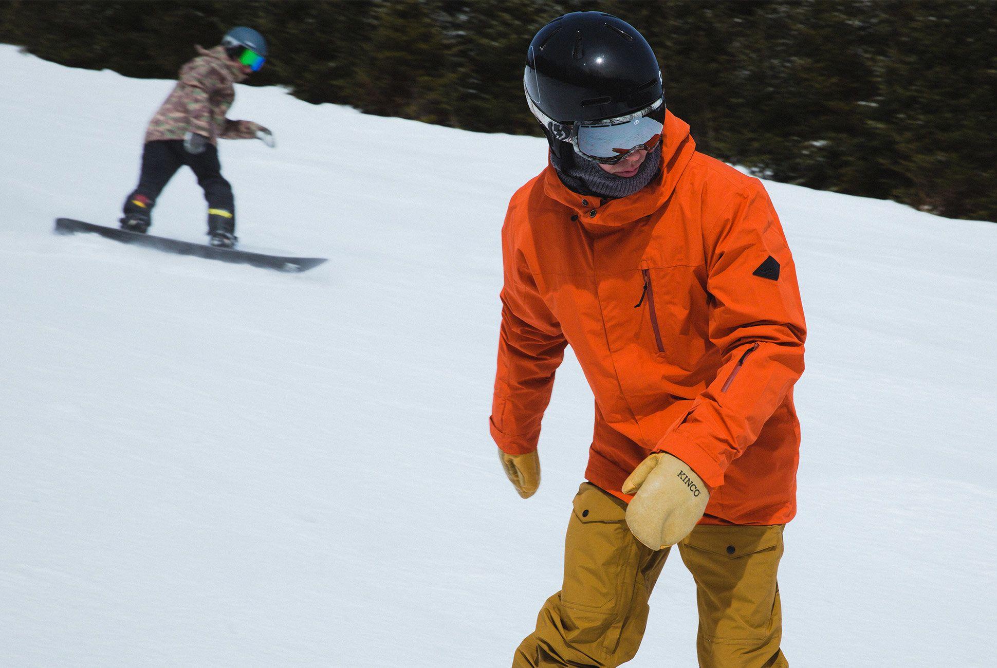 ultimate-ski-and-snow-gear-patrol-dakine-slide-3