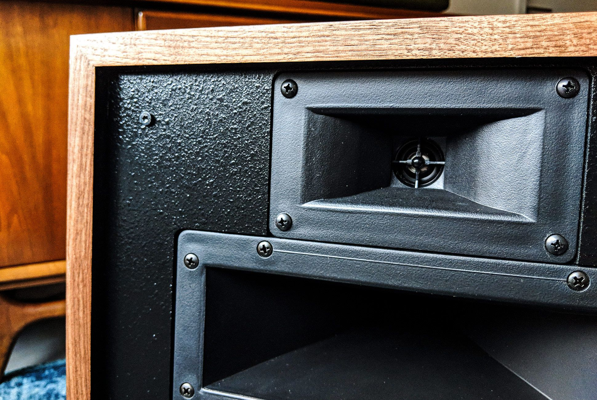 Klipsch-Heresy-III-Review-gear-patrol-slide-4-v2