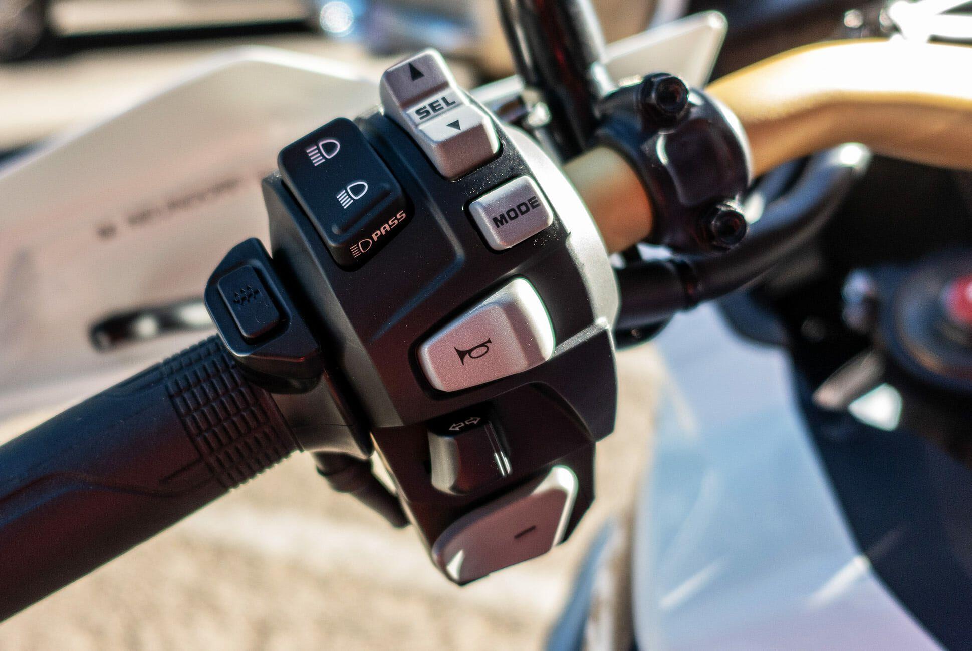 2018-Honda-Africa-Twin-Review-gear-patrol-slide-4