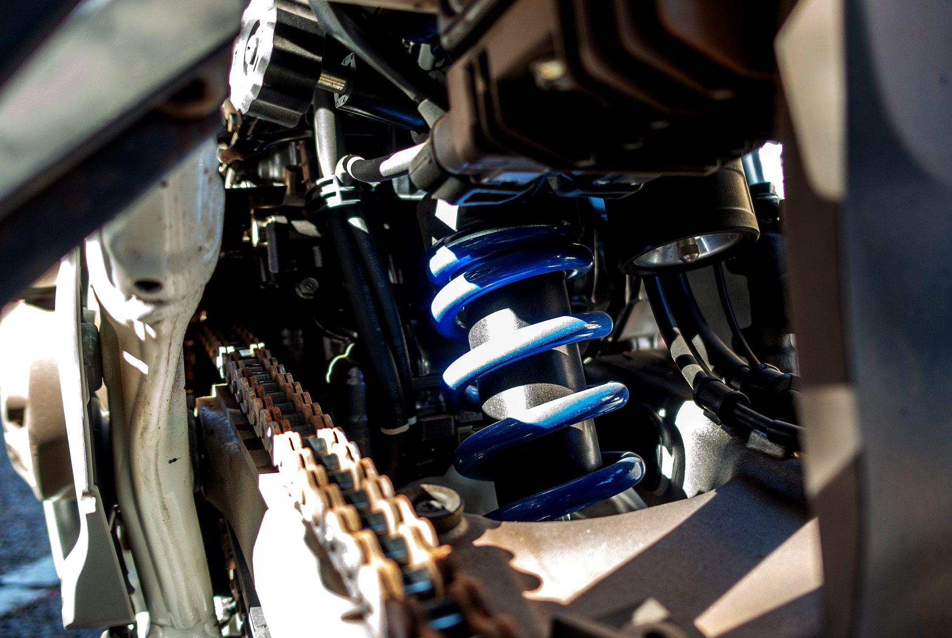2018-Honda-Africa-Twin-Review-gear-patrol-slide-6