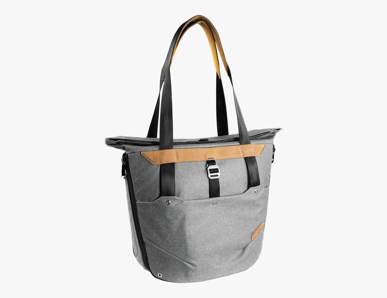 Awe Inspiring The Best Tote Bags For Summer 2018 Gear Patrol Inzonedesignstudio Interior Chair Design Inzonedesignstudiocom