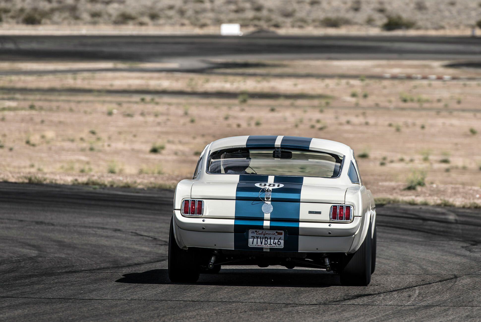OVC-Mustang-GT350-gear-patrol-slide-3