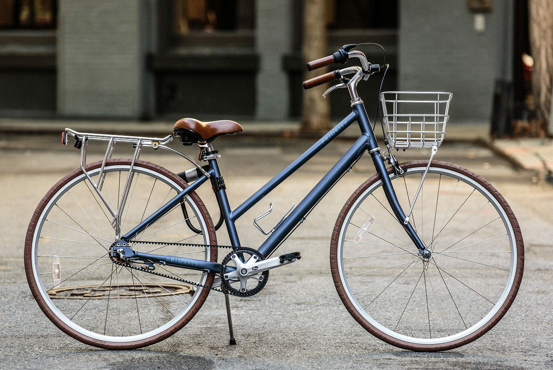 Priority-No-Maintenance-Bike-gear-patrol-slide-1