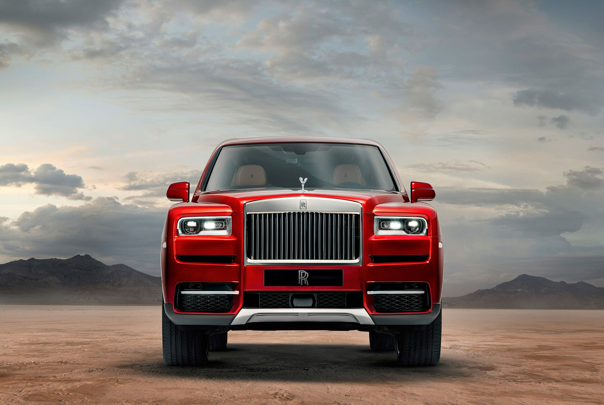 Rolls-Royce-Cullinan-gear-patrol-slide-1