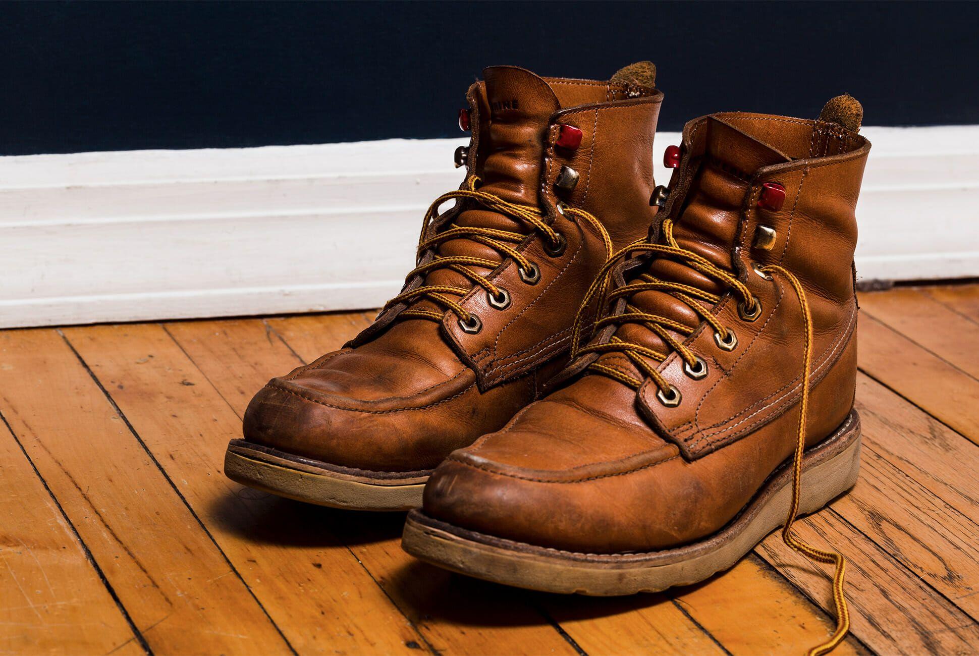anthony bourdain clarks desert boots