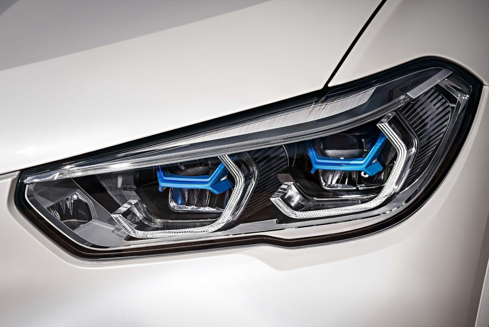 2019-BMW-X5-gear-patrol-slide-3