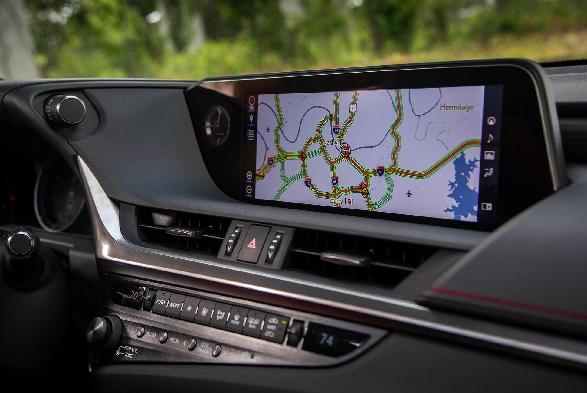 2019-Lexus-ES-350-F-Sport-Review-gear-patrol-slide-13