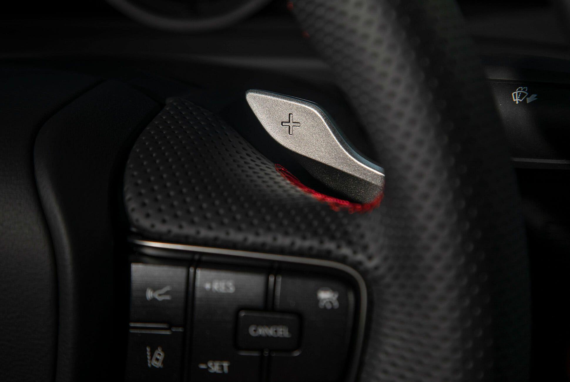 2019-Lexus-ES-350-F-Sport-Review-gear-patrol-slide-14