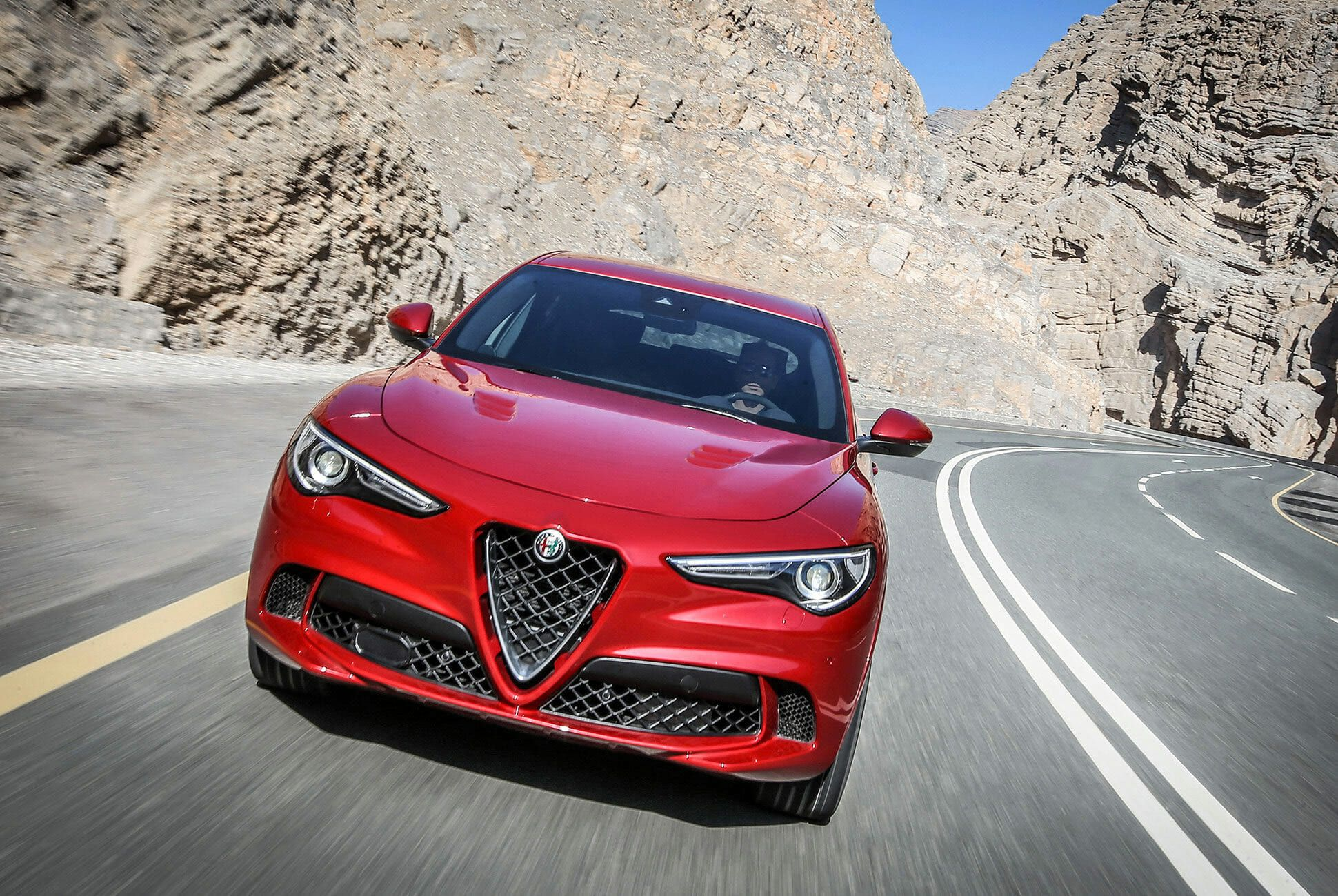 Alfa-Romeo-Quadrifoglio-Stelvia-and-Giulia-gear-patrol-slide-10
