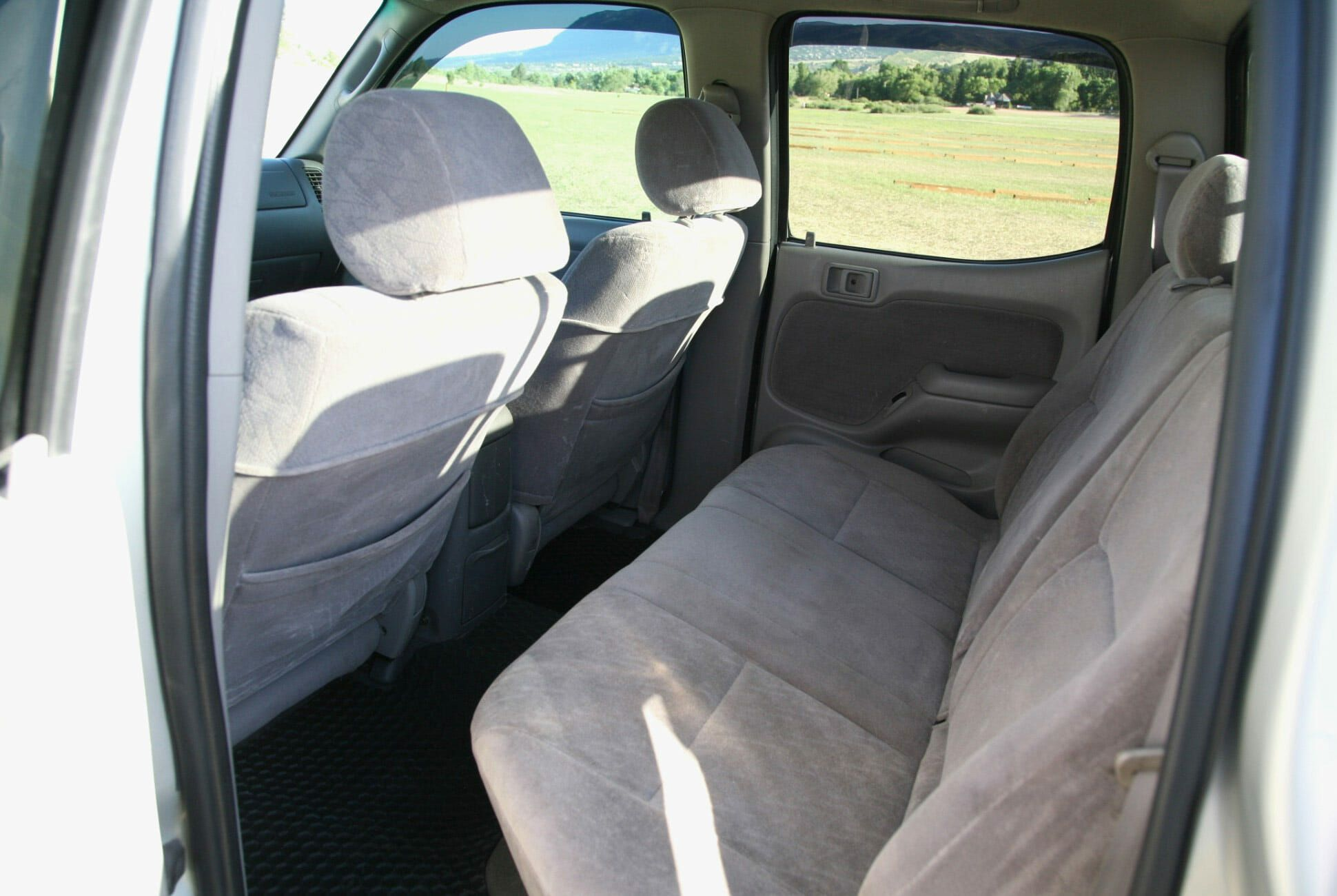 Found-2002-Toyota-Tacoma-TRD-Limited-Double-Cab-slide-7