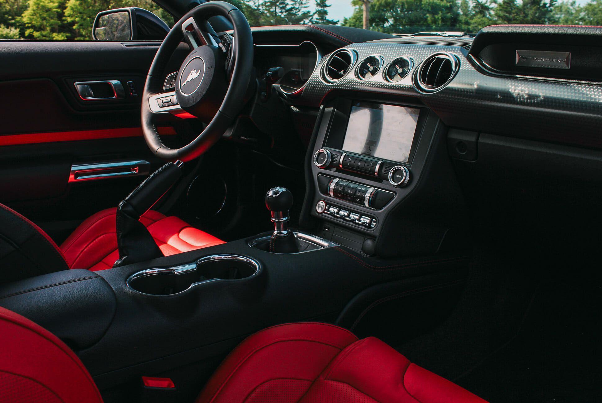 Mustang-Performance-Pack-Gear-Patrol-Slide-4