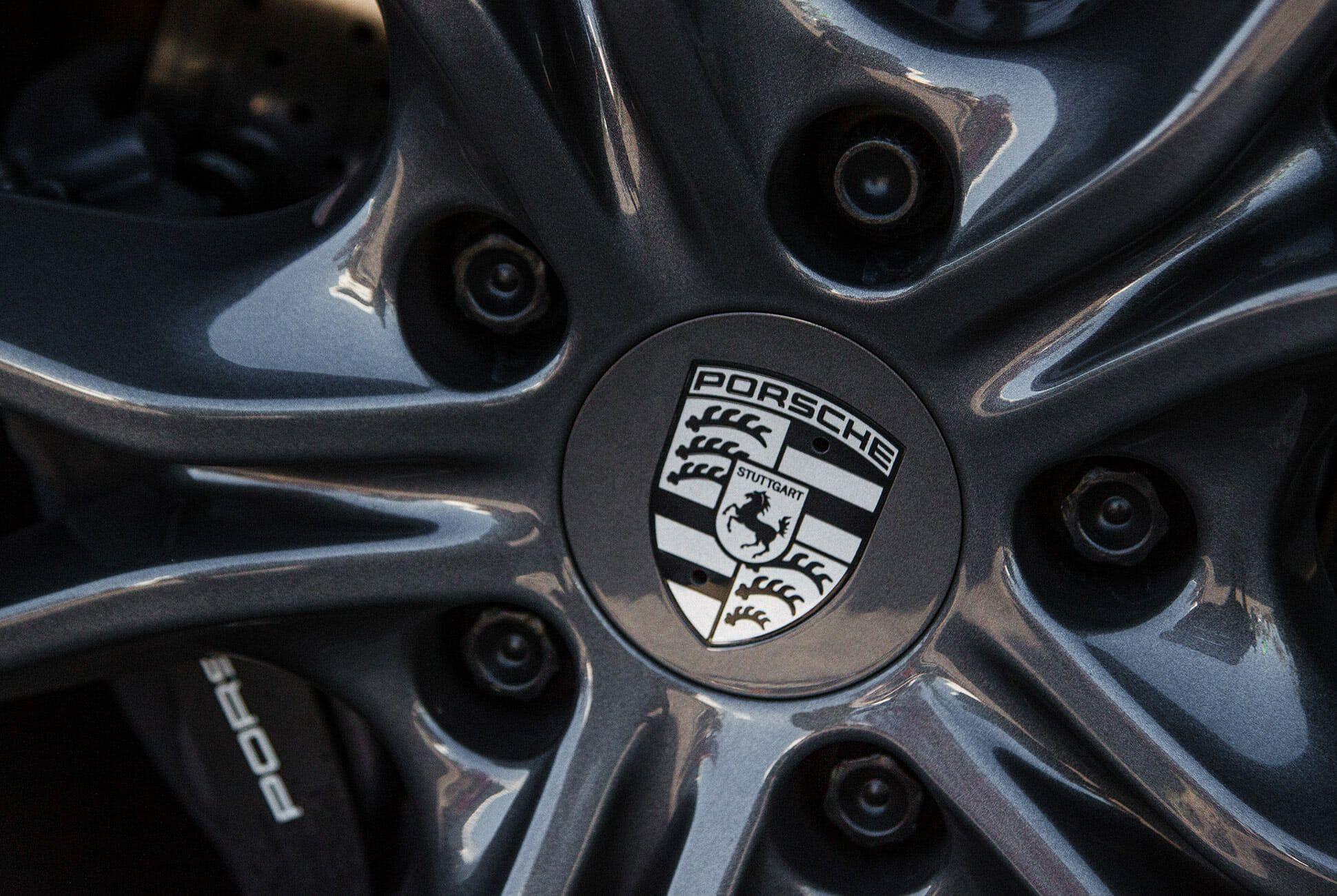 Porsche-911-T-Review-gear-patrol-slide-7