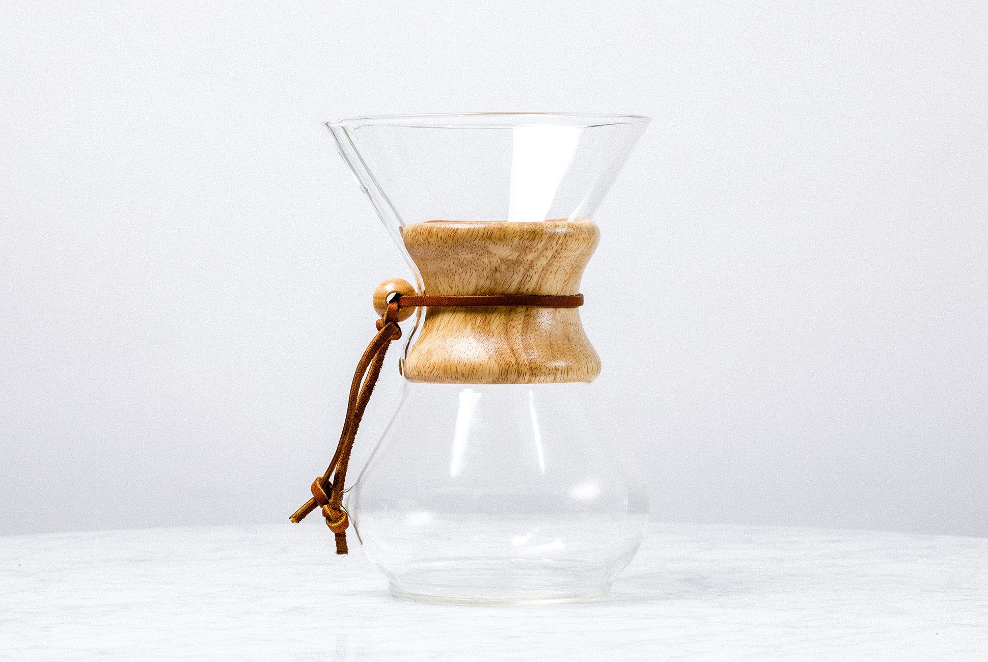 Pour-Over-Coffee-Systems-gear-patrol-Chemex-slide-1