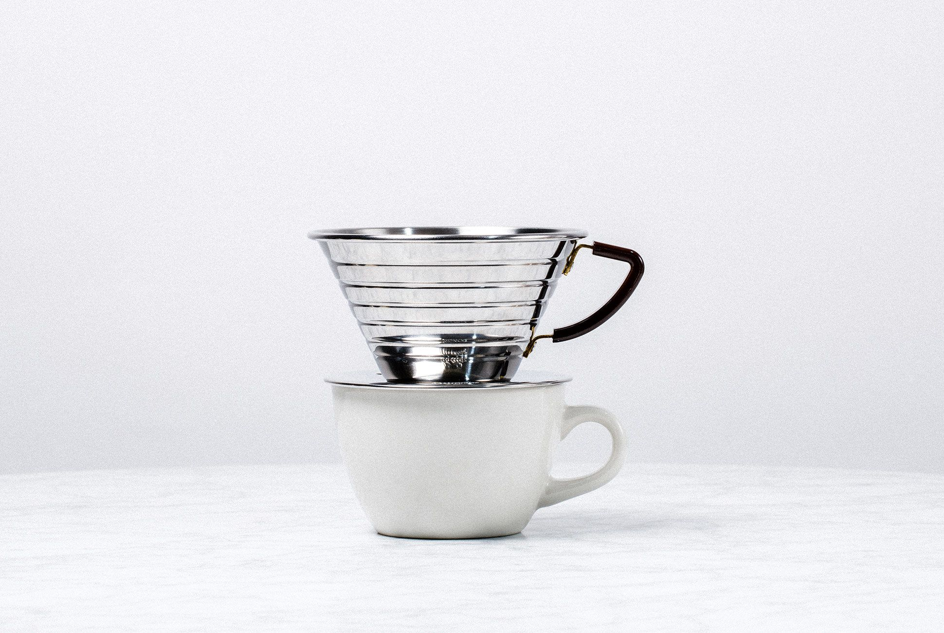 Pour-Over-Coffee-Systems-gear-patrol-Kalita-slide-1-v2
