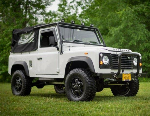 If You Want a Vintage Defender, Make Sure It's Upgraded Like This